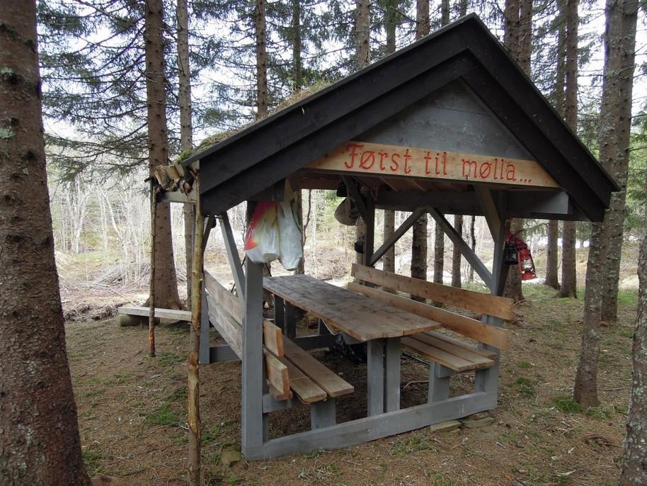 Denne gapahuken i Bodømarka er lett å finne, hvis du vet hvor den er...