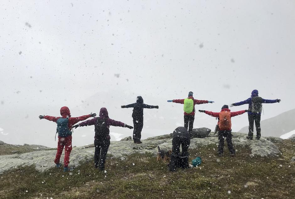 I snøværet på vei opp til Mefjellet
