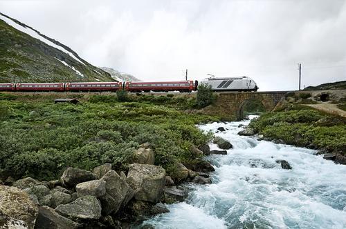 Ta toget til fjells