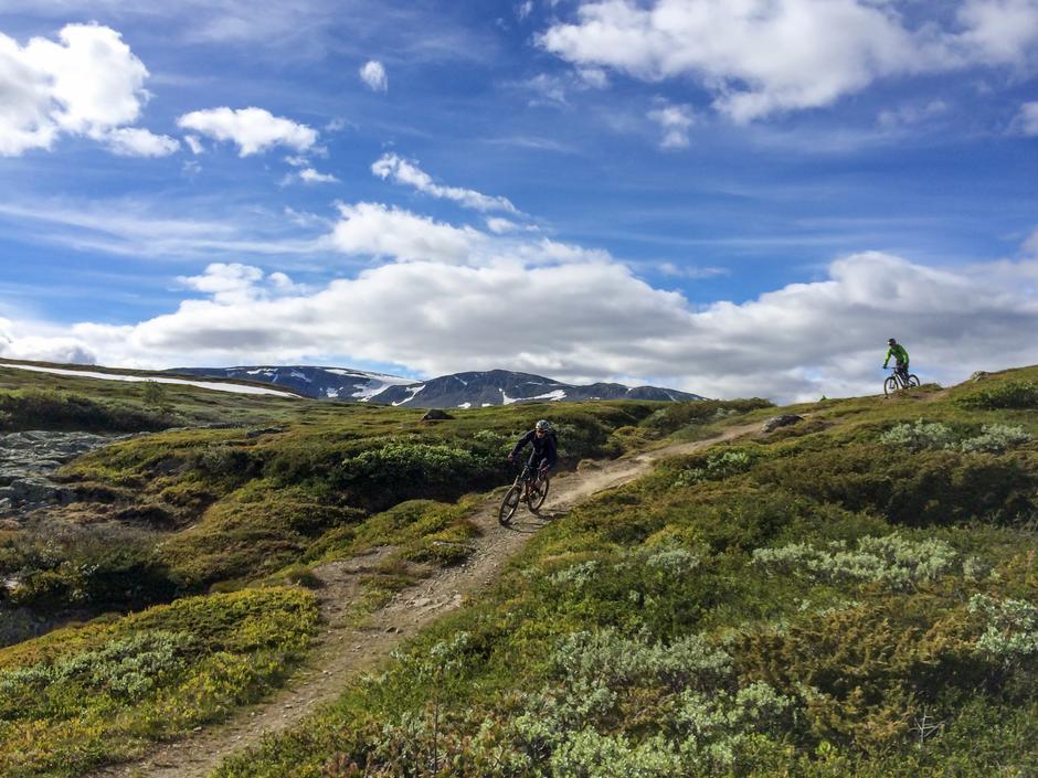 FJELLFLYT: På stisykkelsetet opplever du fjellet på en helt ny og spennende måte.