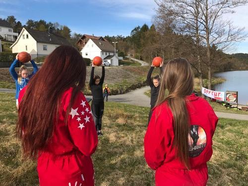 Aktivitetar ved Storevatnet i regi Flora Vidaregåande 3IDA
