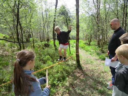 Balanseøvelse på Mesternes Mester i Alvøskogen