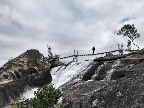 Rago Nasjonalpark, Brua over Litverivassfossen, Sørfold Kommune