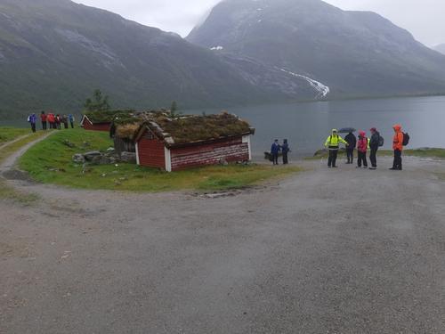Våt, men lærerik tur til Haukedalen