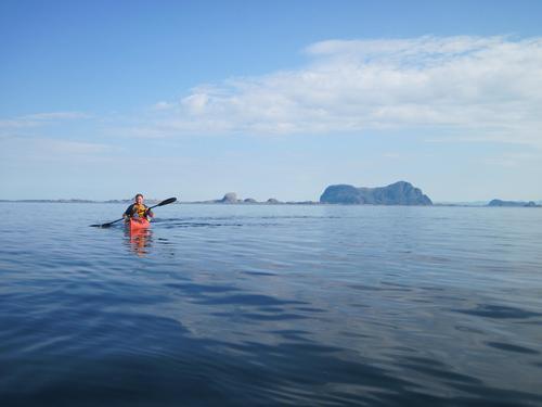 Lågøyfjorden med Alden i bakgrunnen