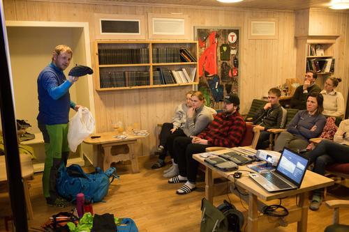 Å bli kjent med eget utstyr er viktig for å kunne mestre vinterfjellet.