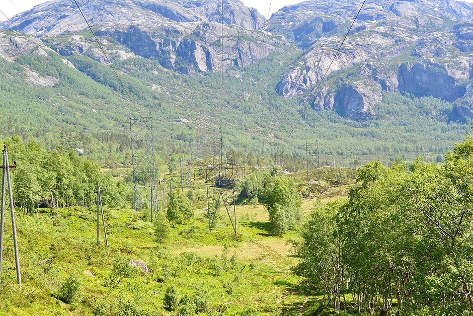 Sommerligere forhold i Fyljesdalen ved Lysebotn 2. juni.