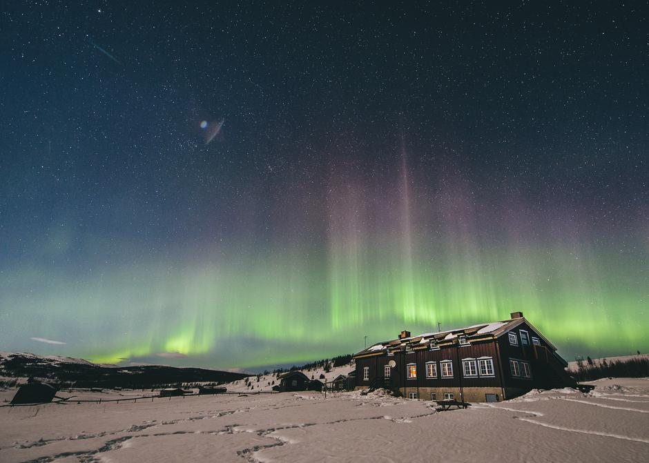 Nordlys over Liomseter