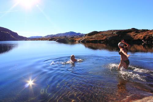 Dette var det eneste bildet vi fant av en dam i fotoarkivet ;)