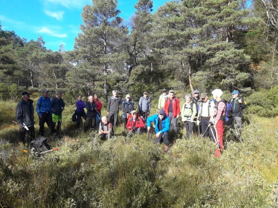 Gruppene frå Stord og Fitjar møttes på kommunegrensen i Hedledalen