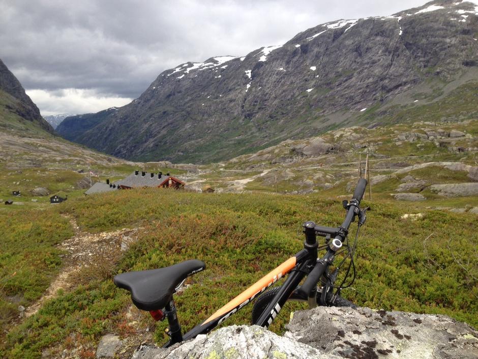Klar for sykkeltur fra Nørdstedalseter til Fortun - 2015