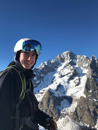 Elias går på Reiselivslinja og har praksisplass i Tursenteret våren 2020.  I fremtiden  ønsker han å jobbe innen natur og guiding i framtiden