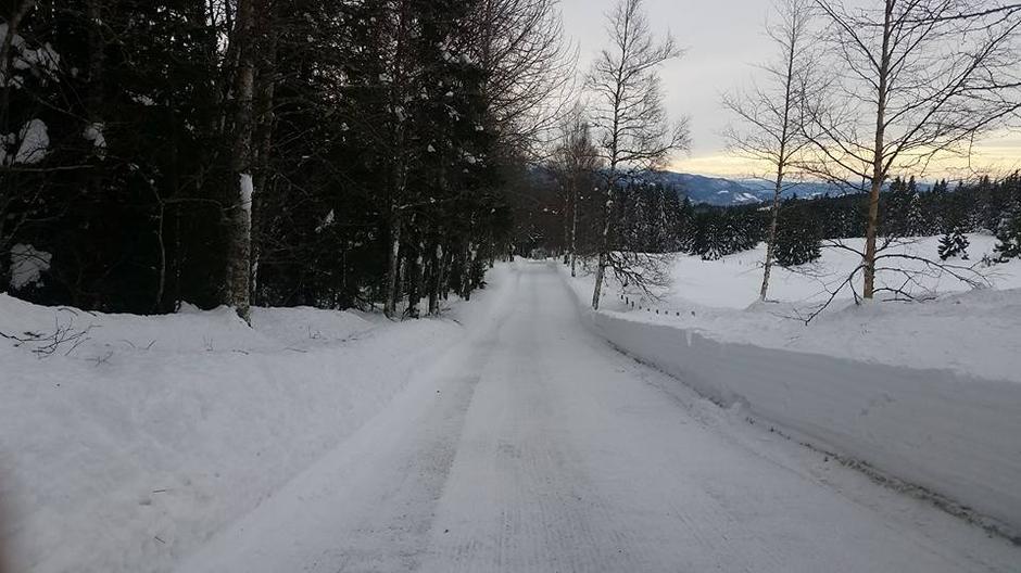 Husk vi har vinterbrøytet vei hele vintersesongen :)