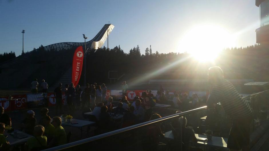 Samling i Holmenkollen Arena