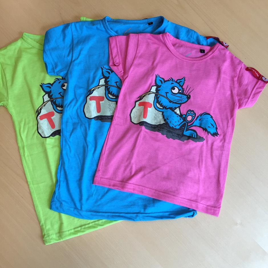Barnas Turlag, Turbo t-skjorter i tre ulike farger, Kr. 175/200,-  medlem/ikke medlem.