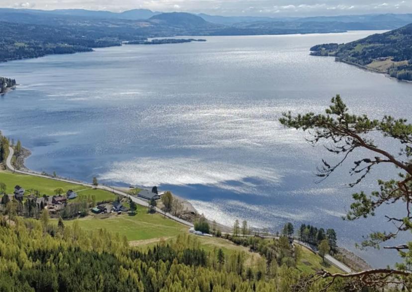 Turen til Hornskleiva starter i Søndre Land