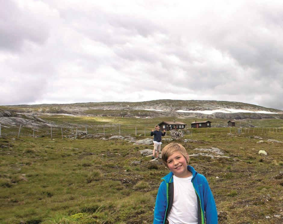 SPOR AV GAMLE DAGER: Kjølihytta ligger i et område der det tidligere var gruvedrift.