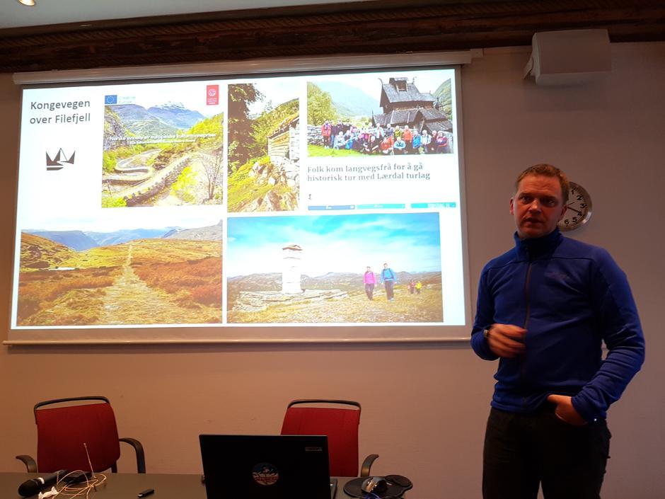 Styreleiar Trond Øyen Einemo slo eit slag for Kongevegen, som er vorte stor suksess besøkjande.