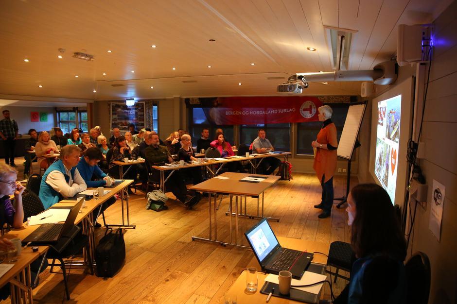 Øyvor Haldis Larsen forteller om siste nytt fra Nordhordland Turlag.