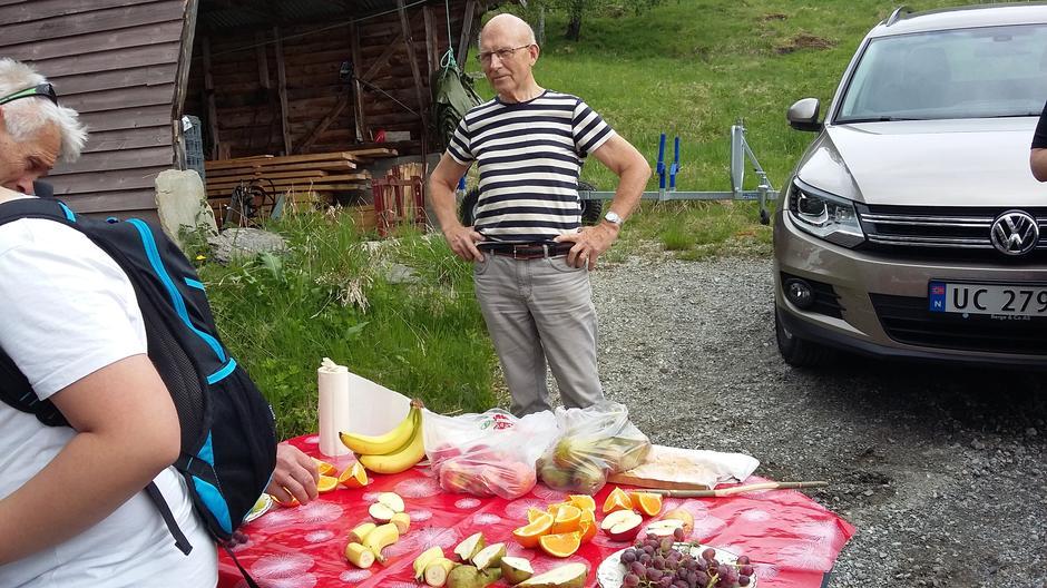 Svein stilte med frukt i år også