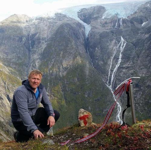 Kjell Arne attvald som leiar