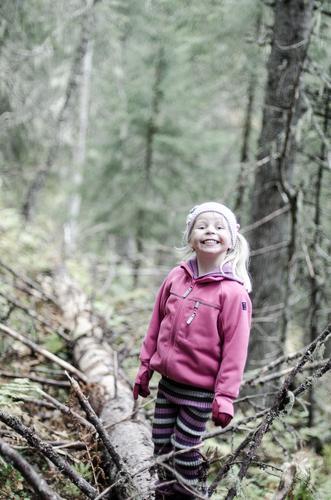 Blid Oline på skogstur i Trillemarka, Eggedal