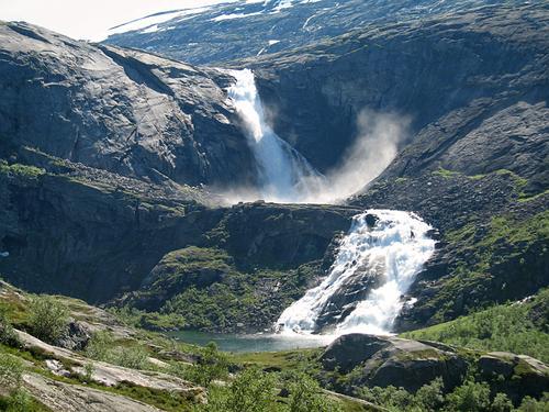 Ned fra Stavali til Kinsarvik