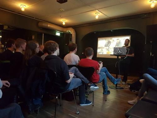 Markus Wegge  om leik og sprell i Lofoten på månadens fjellmøte