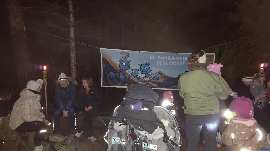 Tur med Barnas Turlag til Kleivvann 29.11.2015.