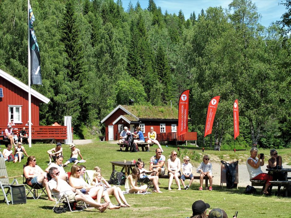 Tilskuere koste seg med musikk og konsert