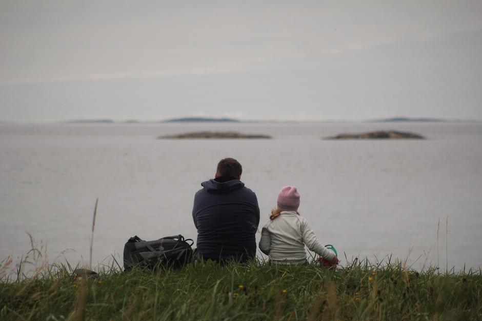 Familiekos i strandkanten
