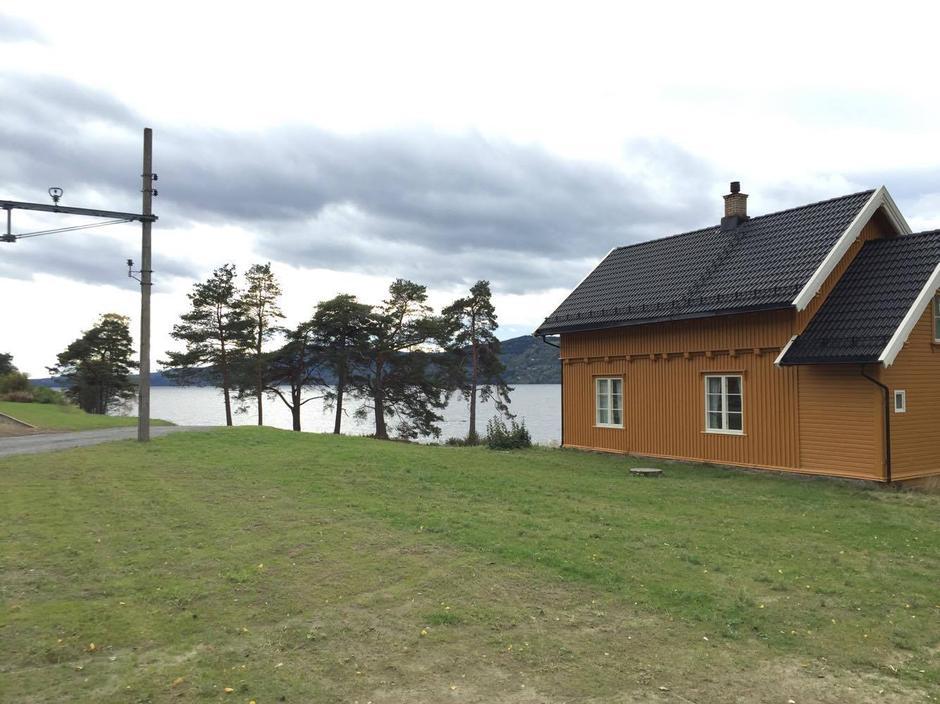 Morskogen vokterbolig ligger ved Mjøstråkk