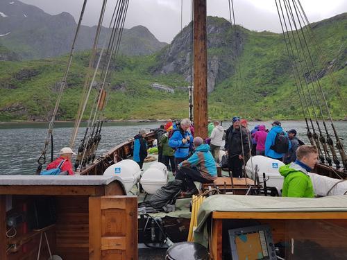 Flott tur med jekta til Trollfjordhytta