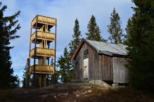De som vil, kan overnatte i Lushaugtårnet