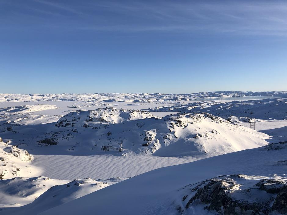 Bildet er tatt fra Undeknuten 1176 moh. Vest for Blåsjø. Den 10 januar.