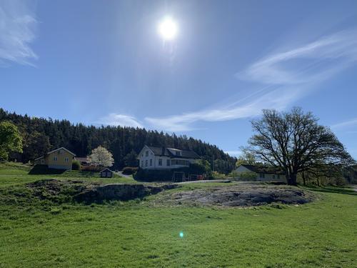Tar over Breivoll Gård