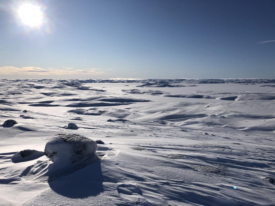 Blåsjø sett frå Vassdalstjønn. Det kom ca 30 cm pudder natt til 4 februar.