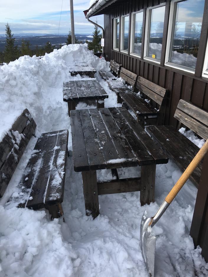 Serveringshyttene våre (her: Stenfjellhytta) er åpne hver dag i vinterferien uke 8