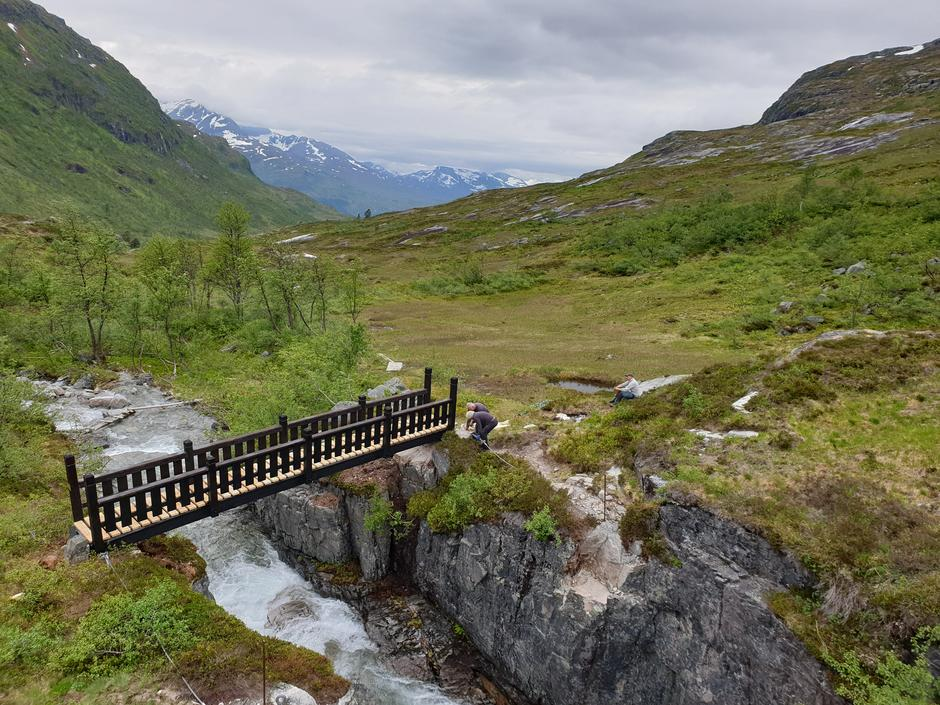 Nybrua i Naustådalen på ruta mellom Trollheimshytta og Kårvatn.