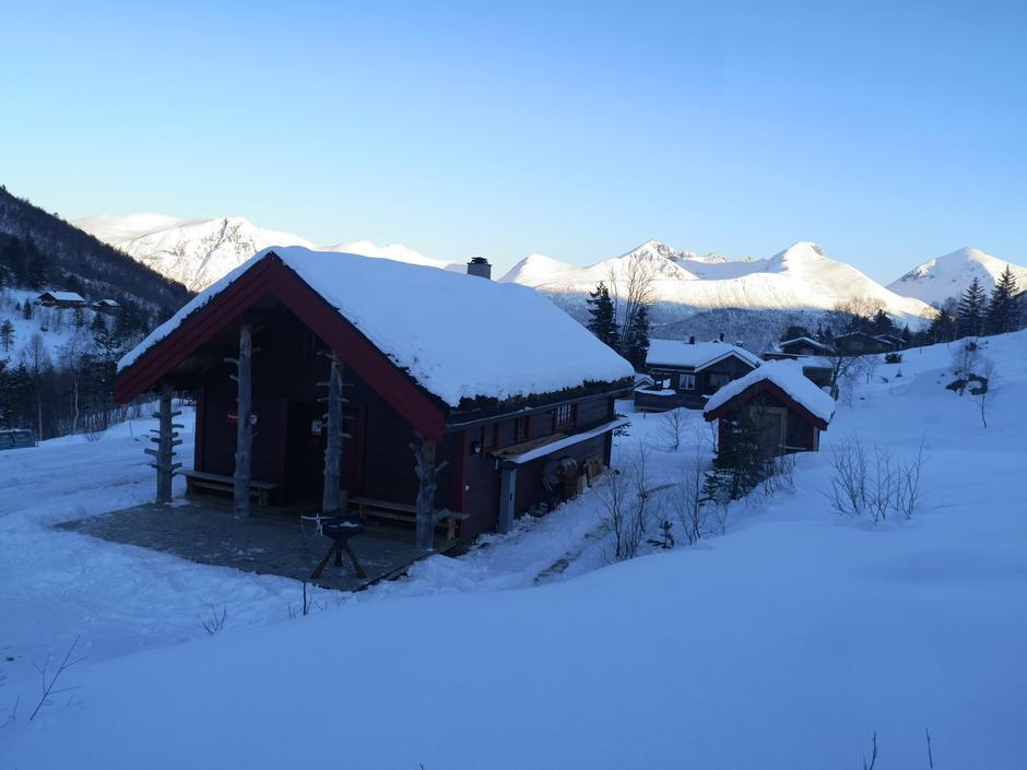 Venjesdalsbu. DNT Romsdal sin hytte i Vengedalen