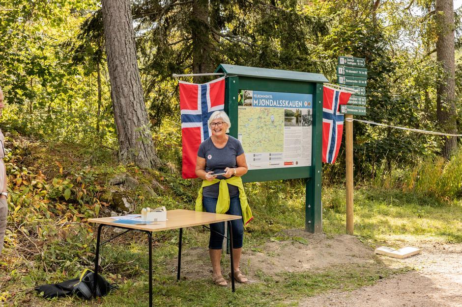 Anne Gallefos Wollertsen, Kontorleder i DNT Drammen og Omegn, takket i sin tale Sparebanken ØST for den store støtten til prosjektet.