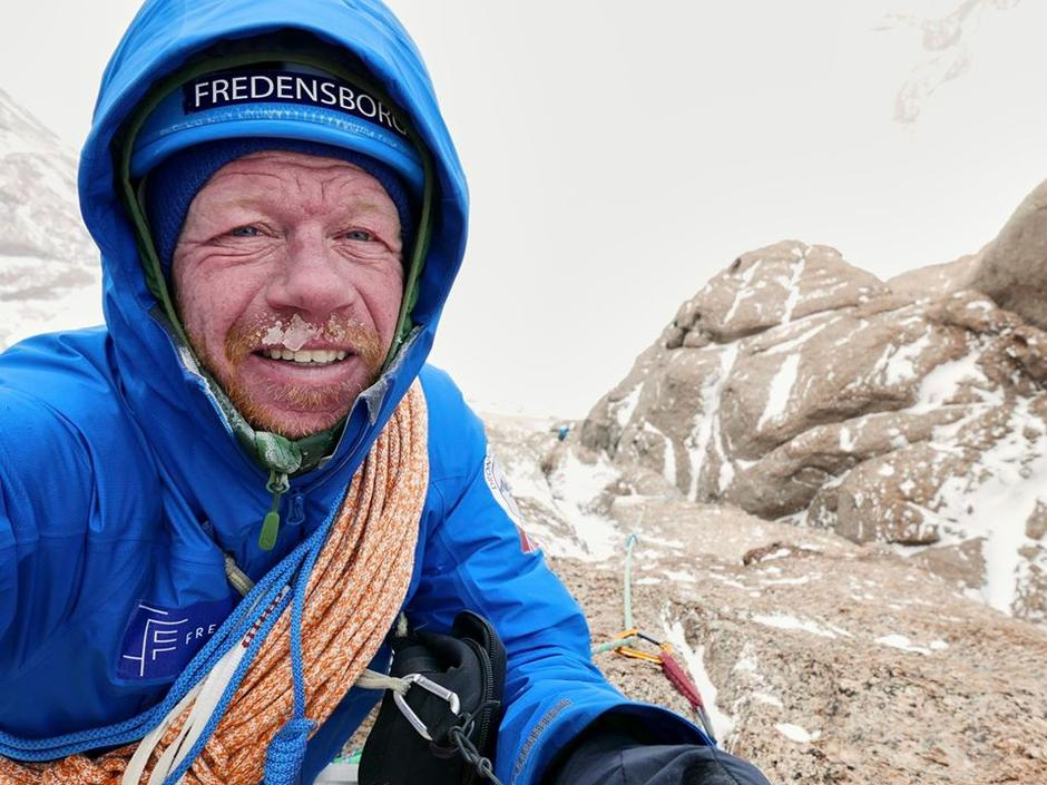 LEGENDE: Robert Caspersen er én av de aller mest meritterte klatrerne i Norge. I episoden av Utestemmer forteller han engasjert om et liv i bratte vegger.