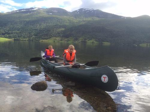 Har du lyst  å låne kanoar?