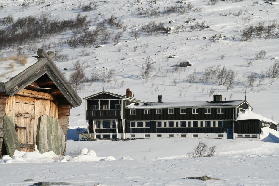 Gjendesheim fra Jo bua. Foto: DNT Oslo og Omegn