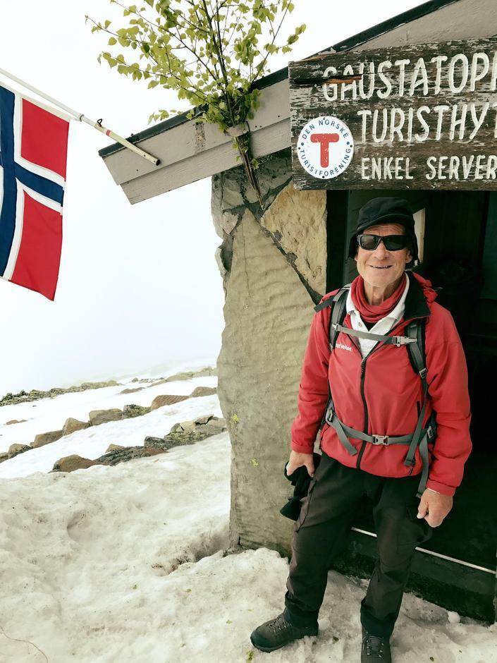 Turleder Jon Ingebretsen ledet toget trygt opp.