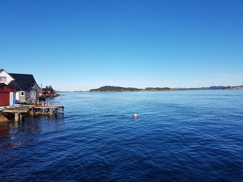 Frå kaien mot nord og Hjeltefjorden