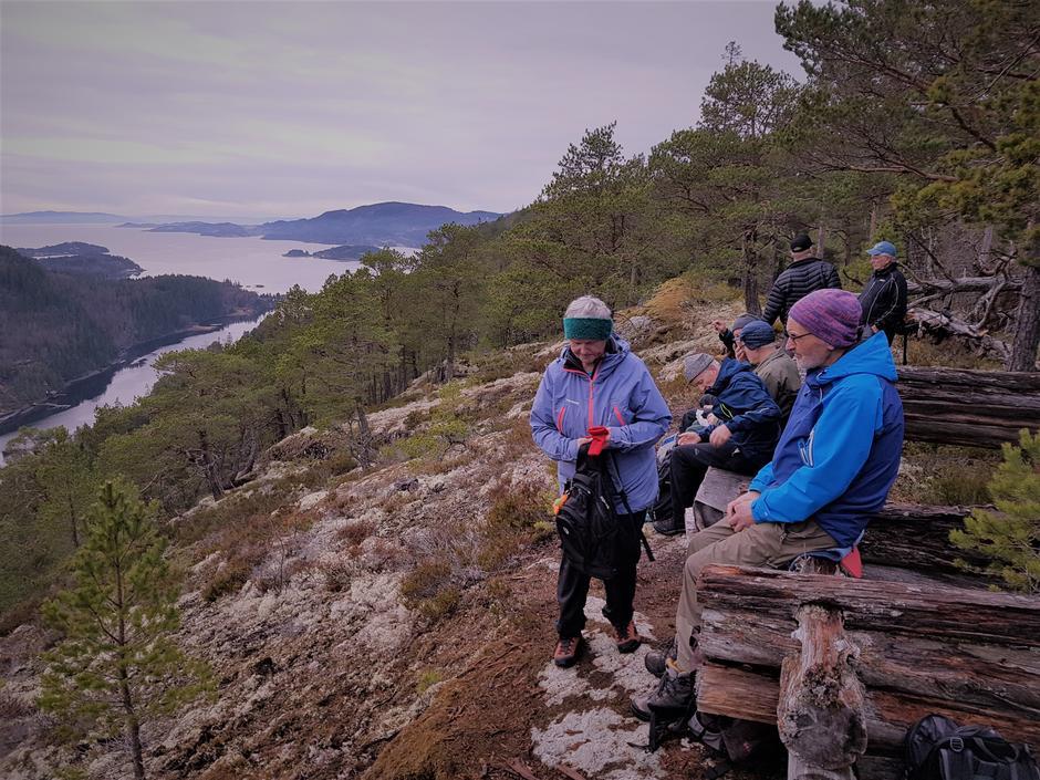Kafferast med utsikt til Åsenfjorden
