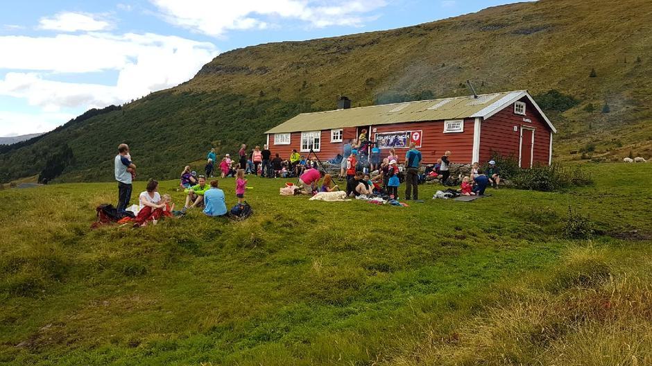 Barnas Turlag i Luster kosa seg på Navaseter i Engjadalen.