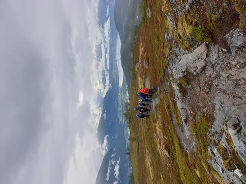 På veg ned frå Blånibba (1067 moh)