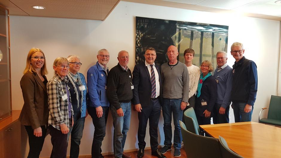 Olje - og energiminister møtte ildsjeler, Natur og Ungdom, DNT og Naturvernforbundet mandag.
